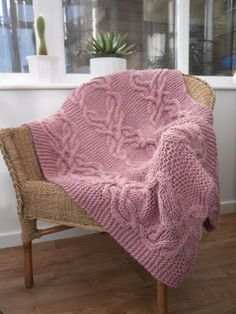 The Feminine Touch | UK Knitting / Felting blog: Free Pattern - Cable Lap Blanket