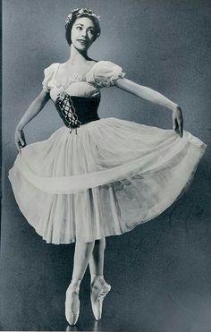 """Margot Fonteyn in """"Giselle"""""""
