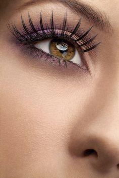 Soft smoky eye - False eyelashes