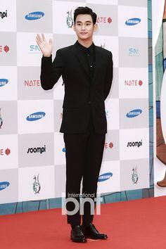 「來自星星的你」榮獲國際電視節韓劇最優秀作品獎 - Yahoo 名人娛樂
