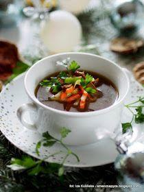barszcz grzybowy, grzybowa zakwaszana, na kwasno, grzyby suszone, wywar z grzybow, wigilia, swieta, danie wigilijne, zupa wigilijna