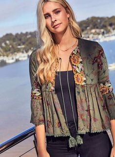Floral Casual Polyester Round Neckline Military Green Green Sleeves Shift Blouses Ruffles S M L XL XXL Blouses Indian Fashion, Boho Fashion, Fashion Dresses, Kurta Designs, Blouse Designs, Boho Outfits, Fall Outfits, Mode Abaya, Look Boho