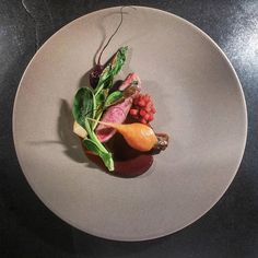 Minimal - duck breast with pak choi, beetroots and plum jam by  thomekas Duck Recipes, Gourmet Recipes, Meat Recipes, Gourmet Foods, Duck Breast Recipe, Plum Jam, Michelin Star Food, Food Plating, Food Presentation