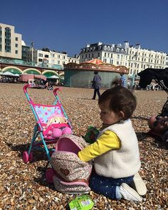 Day out with her Molly 😅 #brightonbeach #uk🇬🇧 #pebblebeach #funday #niece❤️ #myprincess👸 #mollyherdoll #love #family #montereylocals #pebblebeachlocals - posted by Kkhrey Kennao https://www.instagram.com/kekhrie_kenn. See more of Pebble Beach at http://pebblebeachlocals.com/