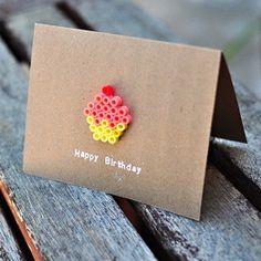 Mini-Cupcakes aus Bügelperlen