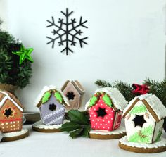 Gingerbread Houses = great Christmas cookie recipes