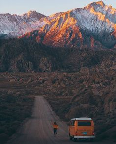 Travel Aesthetic - outdoor aesthetic mountains and van existence journey – stunning travel inspiration , travel the world , gift , travel , world Beach House Style, Beautiful World, Beautiful Places, Travel Aesthetic, Adventure Aesthetic, Jolie Photo, Adventure Is Out There, Travel Goals, Oh The Places You'll Go