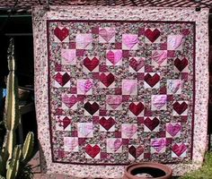 Scrap Quilts Photo Gallery: Hearts and Roses Scrap Quilt