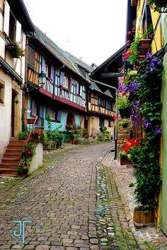 Ruelle Alsacienne - Eguisheim