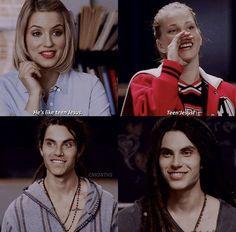 Glee. Teen Jesus.