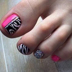 Toe Nail Color, Toe Nail Art, Nail Colors, Pretty Toe Nails, Pretty Toes, Pedicure Nails, Mani Pedi, Toe Polish, Feet Nails