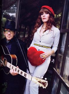 Jenny Lewis (avec Elvis Costello). Troop Beverly Hills all growed up