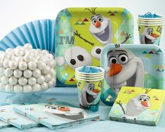 Disney�s Olaf party supplies create a goofy, loveable scene on the table.The beloved character from Arendelle shows off his smiling face and fun-loving attitude on Disney�s Olaf party supplies for someone�s special celebration. Square plates, absorbent napkins, cups and a tablecover make up the basic Olaf tableware while awesome party decorations and accessories featuring the enchanted snowman and Elsa and Anna from Frozen help make any festive occasion adventurous and exciting. Combine the…