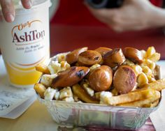 24 Fast-Food Restaurants We Wish Were in the U.S. | Maybe someday these fast-food restaurants will join our McDonald's-dominated country.  #food #restaurants #boomerangdining