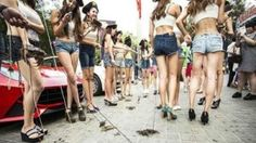 Restaurant hires teenage girls to walk crabs