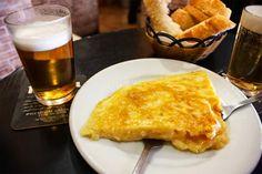 EL-SINDROME-DE-DIOGENES-EL-PONTON-tortilla-patata-G Brie, Tapas, Macaroni And Cheese, Madrid, French Toast, Breakfast, Ethnic Recipes, Tortillas, Food