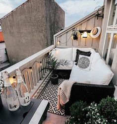 Small Patio Ideas - One thing that many men and women love to have is a wonderful apartment balcony design. You might think that you will need a large space for trying a balcony design, but this is not completely required. Small Patio Spaces, Small Balcony Decor, Small Balcony Design, Terrace Design, Balcony Ideas, Outdoor Balcony Furniture, Condo Balcony, Patio Ideas, Garden Ideas