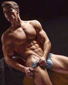 Male Model, Good Looking, Beautiful Man, Guy, Hot, Sexy, Handsome, Eye Candy, Muscle, Hunk, Abs, Sixpack, Shirtless, Undies, Underwear, Bulge 男性モデル アンダーウェア 下着