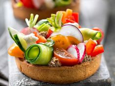 Tartlet of the garden with tapenade: discover the cooking recipes of Current Woman The MAG, Tart Recipes, Raw Food Recipes, Appetizer Recipes, Cooking Recipes, Healthy Recipes, Bio Food, Food C, Fingers Food, Pan Relleno