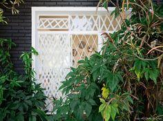 02-decoracao-casa-antiga-fachada-tijolinho-preto-janela