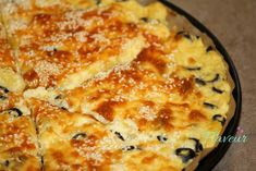 CARTOFI GRATINATI CU MASLINE SI IAURT - Flaveur Quiche, Macaroni And Cheese, Bb, Pizza, Breakfast, Ethnic Recipes, Food, Morning Coffee, Mac And Cheese
