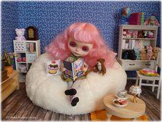 Zoe is a doll fan 2of3 | Flickr - Photo Sharing!