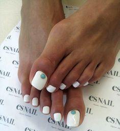 nice Красивый педикюр со стразами (50 фото) — Элегантный дизайн ногтей на ногах 2016 Читай больше http://avrorra.com/krasivyj-pedikjur-so-strazami-foto/