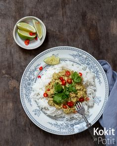 Vege-rendang – parasta mitä nyhtökaurasta voi tehdä | Kokit ja Potit -ruokablogi Vegetarian Recipes, Healthy Recipes, Healthy Food, Hummus, Food Inspiration, Food And Drink, Pasta, Meat, Chicken
