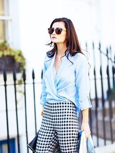Parisian fashion style to copy. Simple and elegant. Street Style inspiration.