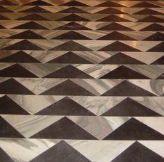Extraordinary-Sleek-Marble-Floor-Design-with-Triangle-Pattern-915x905.jpg (915×905)