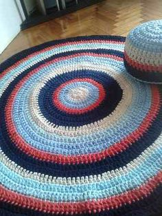 alfombras tejidas crochet con hilo totora (tela de algodón)