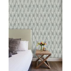 Bold Bright Statement Pattern Wallpaper | VYMURA WATERFORD FEATURE WALL WALLPAPER IN BLUE/SILVER | Buy Online