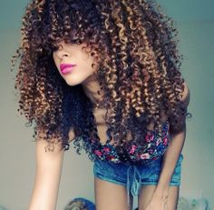 I hope when my natural hair grows out, it looks like this!