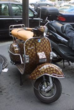 Louis Vuitton Vespa Scooter - I wouldlearn how to ride a bike if it looked like this lol.