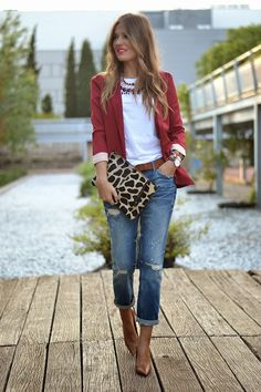 Marsala blazer with jeans and a tee - Two Simple Sisters_Simple Style: Blazers