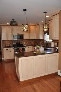 Semi Custom Medium Sized Kitchen Traditional Kitchen Cabinets Other Metro By