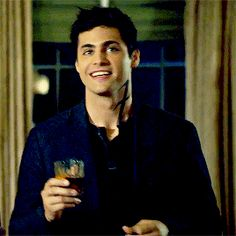 Alec Lightwood Daddario Daily uploaded by You Must Love Me! on We Heart It Shadowhunters Series, Shadowhunters The Mortal Instruments, Matthew Daddario, Alec Lightwood, Hottest Male Celebrities, Shadow Hunters, Pretty Boys, Beautiful Men, Tv Shows