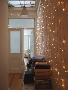 Starry Starry String Lights : Decor Ideas for Year Round! Starry Starry String Lights : Year Round H My New Room, My Room, Dorm Room, Starry String Lights, Light String, Sweet Home, Sweet 16, Interior And Exterior, Interior Design