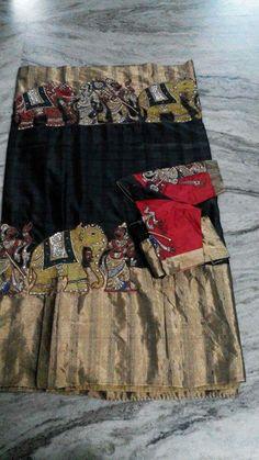 Jute shade with pop of yellow. Simple Sarees, Trendy Sarees, Fancy Sarees, Kalamkari Dresses, Kalamkari Saree, Sabyasachi Sarees, Indian Sarees, Anarkali, Blouse Designs Silk