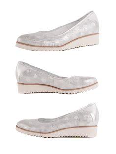 Wygodne półbuty są idealnym dopełnieniem stylizacji na wiosnę i lato!   Cena/price: 269.00 PLN  #eksbut #eksbutstyle #shoes #fashion #moda #trendy #women #kobieta #style #boots #buty #obuwie #polishbrand