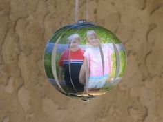 great photo ornament idea! easy for kids, too!