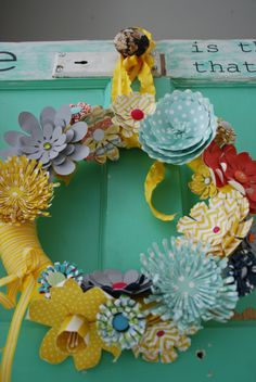 paper wreath tutorial- templates for making paper flowers