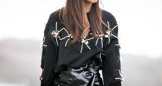 #vinyl #vinyl #perles #sweaters #fashion #fashioninspiration #rocknroll #fashiontrends #parisblogger #blogparis #fashionstyle #mode #trendyholyblog