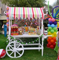 Love love this candy cart