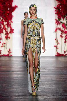 New York Fashion Week: Naeem Khan Spring/Summer 2016. Click through to see more: http://nyfw.com/naeem-khan.