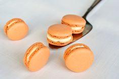 pumpkin pie macarons
