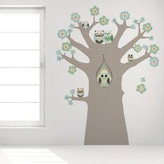 Behang ideeën voor de #babykamer, onder andere deze leuke #muursticker boom   Wall paper ideas for the #nursery
