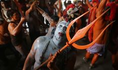 Lal Kach festival in Bangladesh - in pictures