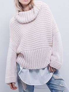 2015 autumn winter cashmere sweater women fashion sexy Turtleneck sweater loose wool sweater Flare sleeve plus size pullover Warm Sweaters, Cashmere Sweaters, Pullover Sweaters, Sweaters For Women, Oversized Sweaters, Moda Crochet, Beige Sweater, Loose Sweater, Cable Sweater
