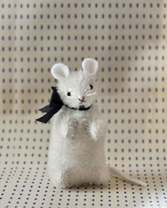 Making a mohair toys: SAM THE MOUSE PATTERN: by jennifer murphy